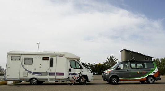 Louer camping car ou campervan pour vacances le blog de caracolvan - Garage a louer pour camping car ...