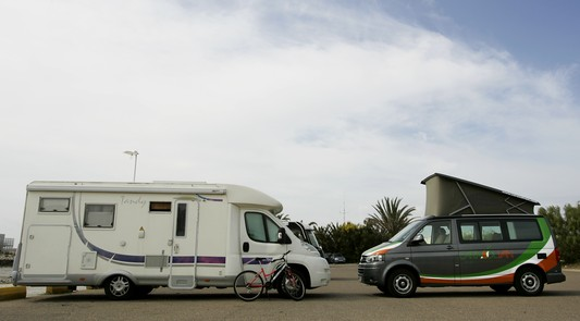 3ae03a2c92 Hiring a motorhome or a campervan for holidays - Caracolvan s blog