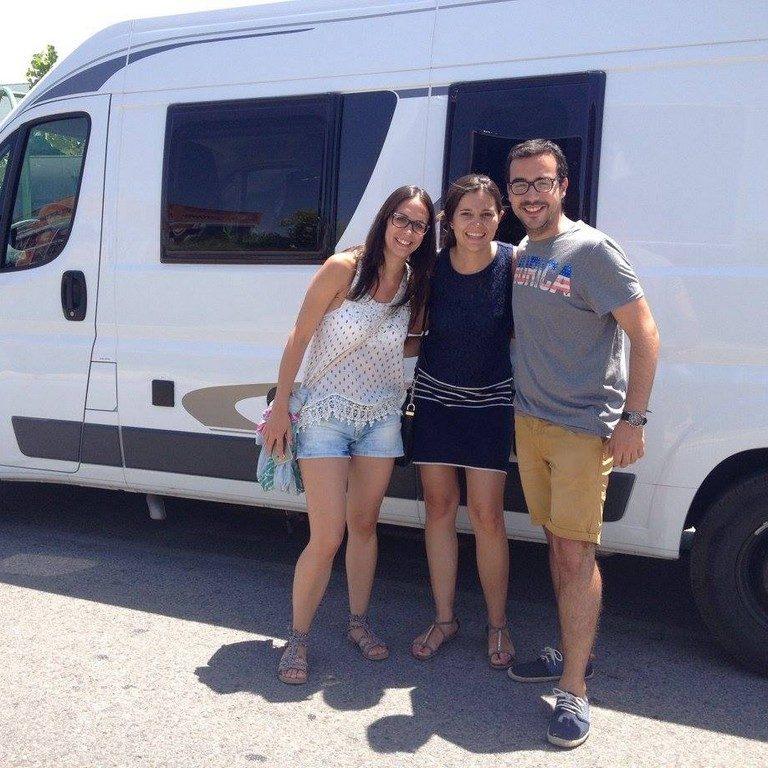 02.Raul-Erica-Elena-Barcelona_Junio 20151024x768