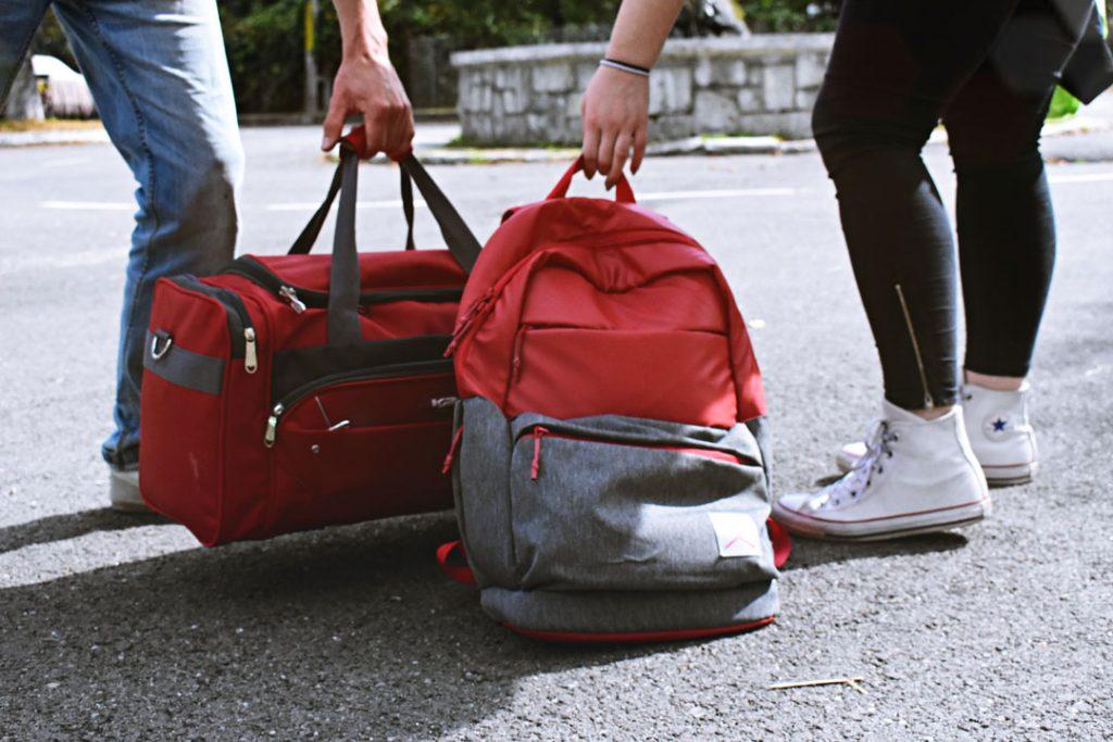 Una maleta blanda es mas util en una furgo